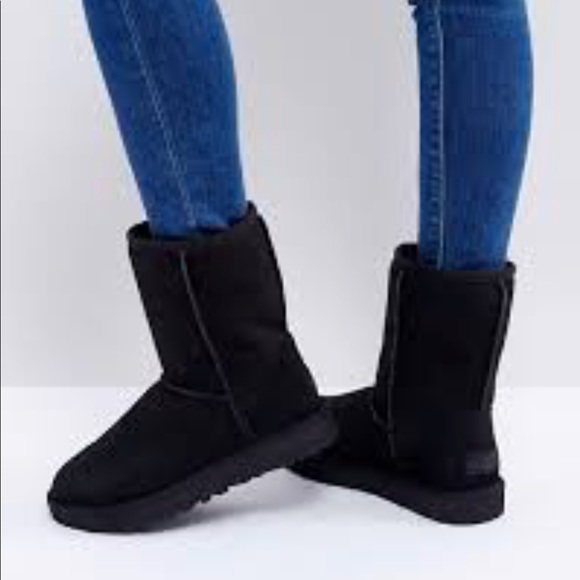 black classic short ugg boots